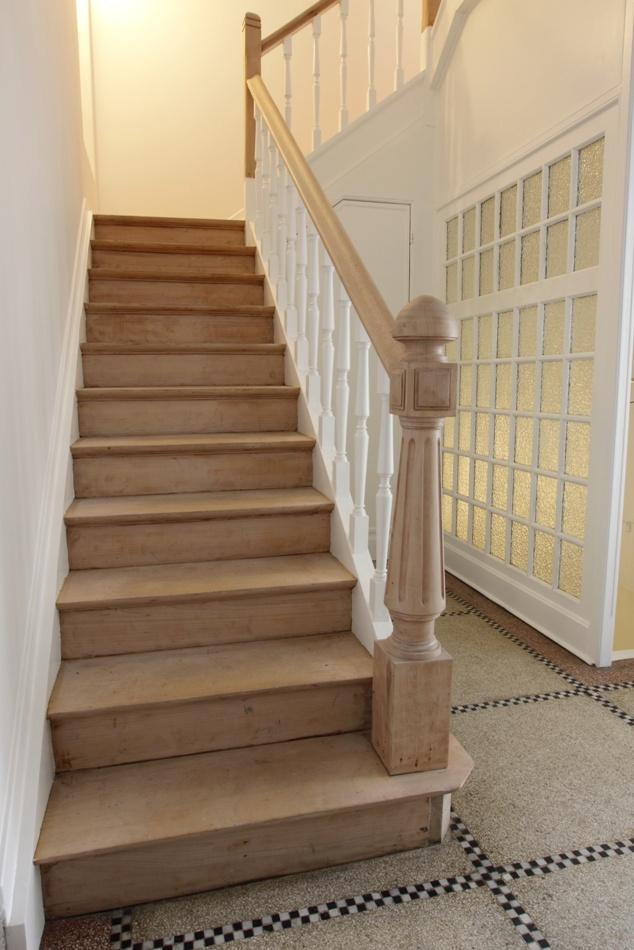 Rivestimenti per scale in legno gradini pianerottoli ventagli alzate - Rivestimento in legno per scale ...