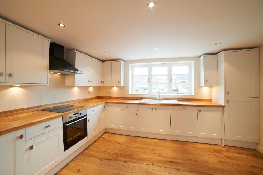 Top per cucine in legno lamellare massello for Piano cucina legno