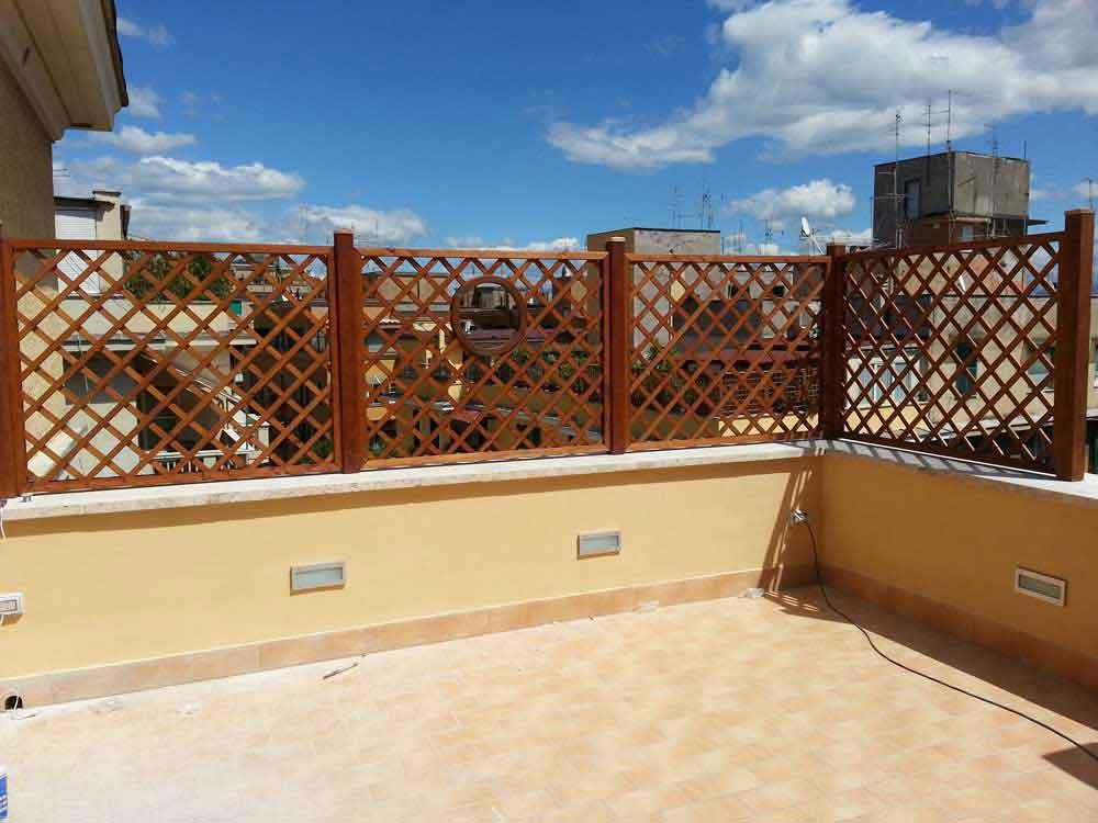 Grigliati in legno di pino impregnati in autoclave for Grate in legno per balconi