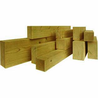 Pali e travi in legno impregnato- legno per esterno