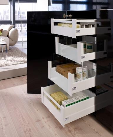 Accessori ed elementi per l\'organizzazione interna delle cucine
