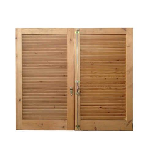Persiana in legno su misura a due ante - Mobili a persiana ...
