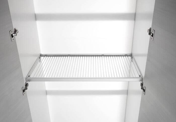 Piani in alluminio e filo cromato per dispensa for Maggiordomi piani di dispensa piani