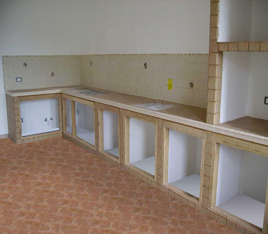 Angolo per cucine in muratura su misura - Cucina in muratura fai da te ...