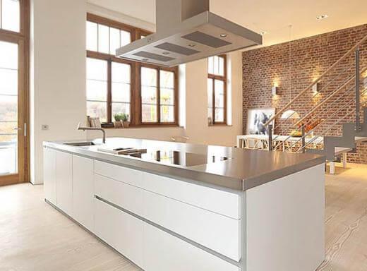 Isola per cucine in acciaio INOX