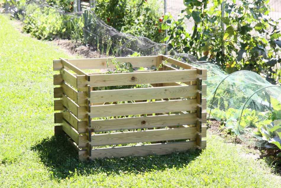 Compostiera da giardino negozio online for Compostiera da giardino