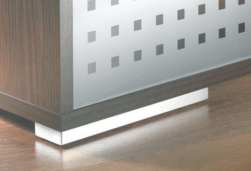 Piedi per mobili cromati for Mobili design