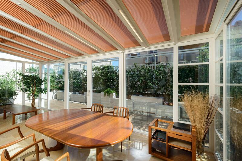 Tenda per lucernai e giardini d 39 inverno - Strutture mobili per terrazzi ...