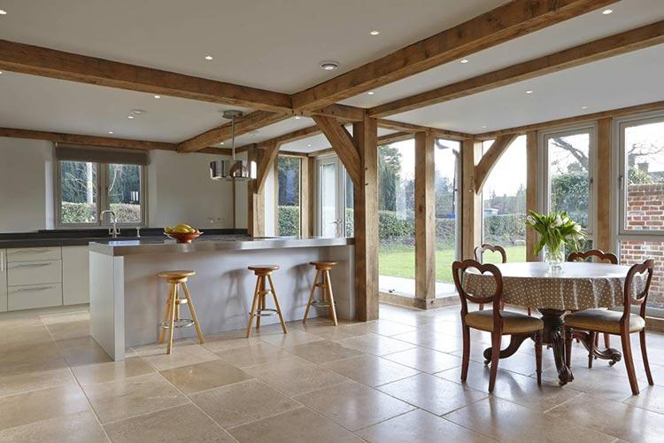 Trave in abete lamellare travi lamellari travature lamellari - Tavole di legno per edilizia ...