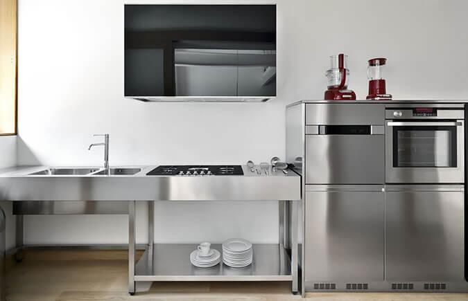 Isola per cucine in acciaio inox - Cucine in acciaio per casa ...
